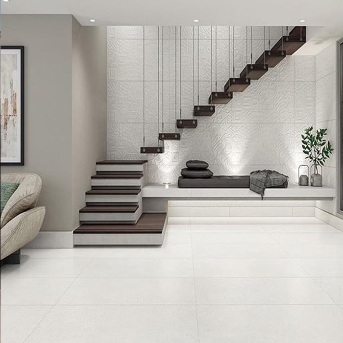 Конмольная лестница на подвесах с пригласительной площадкой